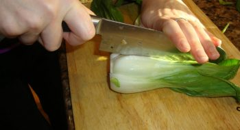 How to cut bok choy
